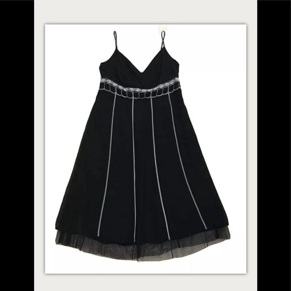 LOFT Dresses & Skirts - Ann Taylor Loft Black Sleeveless Dress 12P